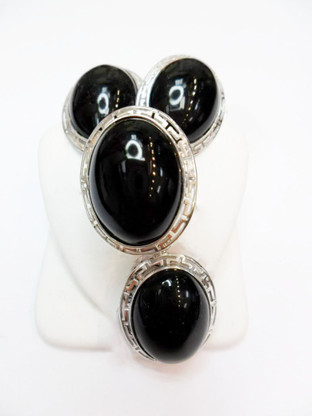 14K White Gold Black Jade Oval Set