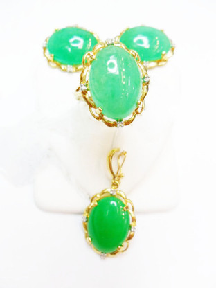 14K Gold Filigree Design Jade Oval Set