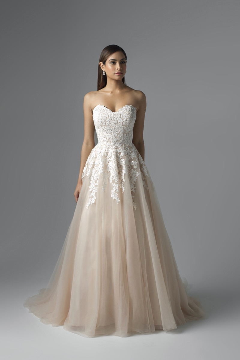 a17b30c52a4 ... Wedding Dress - Carris