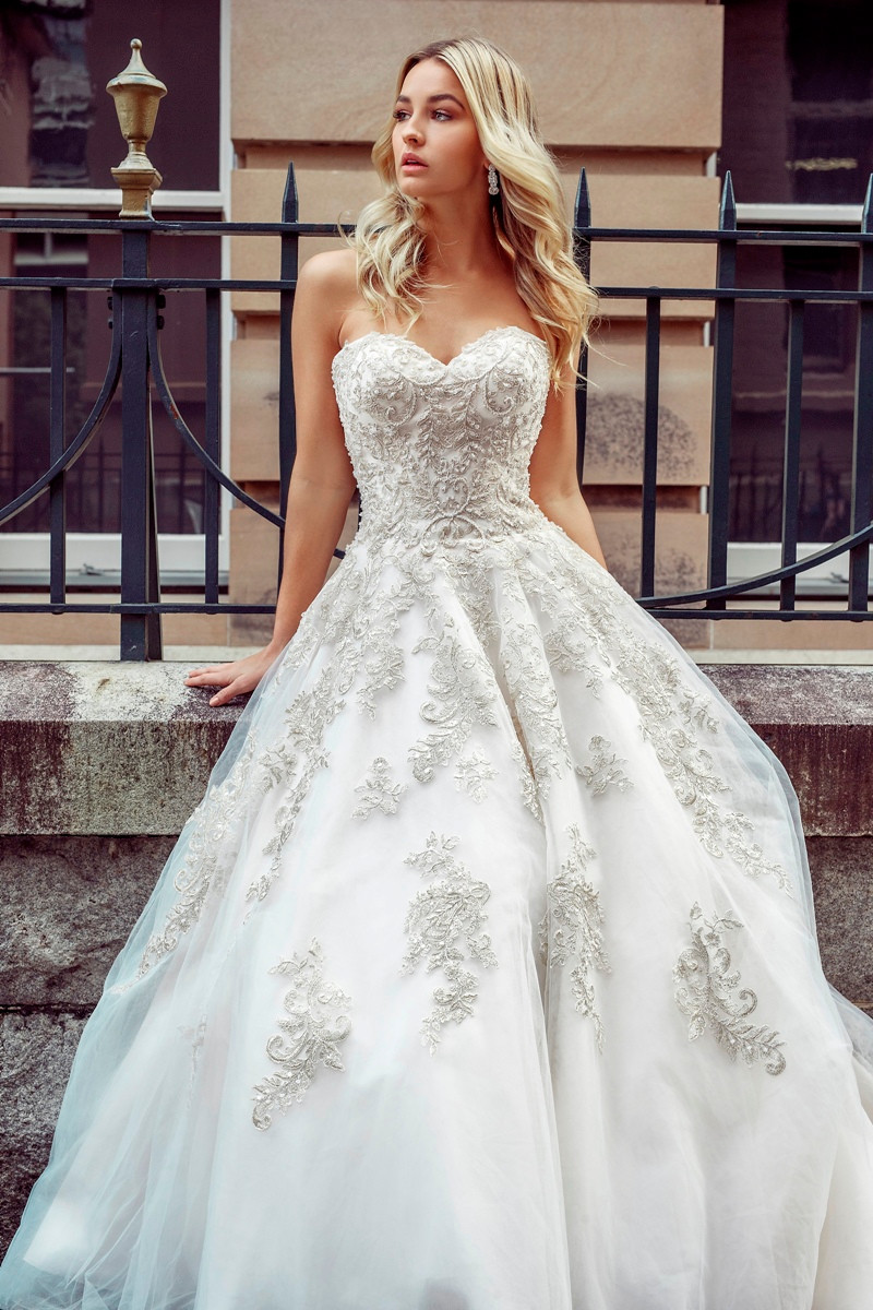 b21d5377fb1 ... Wedding Dress - Desi