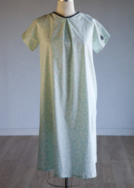 "*New* Mint Floral Print  Annie & Isabel ""The Isabel Gown""  Maternity Hospital Gown"