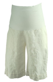 Cream Olian Maternity Full Panel Maternity Shorts (Like New - Size Medium)
