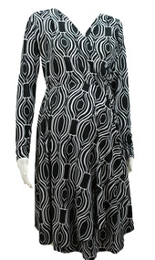 Black and White Everly Grey Long Sleeve Maternity Dress (Like New - Size Small)