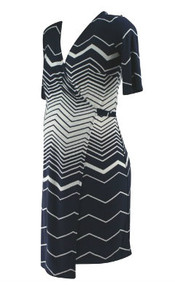 Navy A Pea in the Pod Maternity Chevron Print Short Sleeve Wrap Maternity Dress (Like New - Size Small)