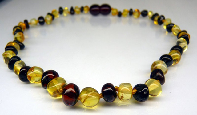 Amber Teething Necklace - Cherry/Yellow