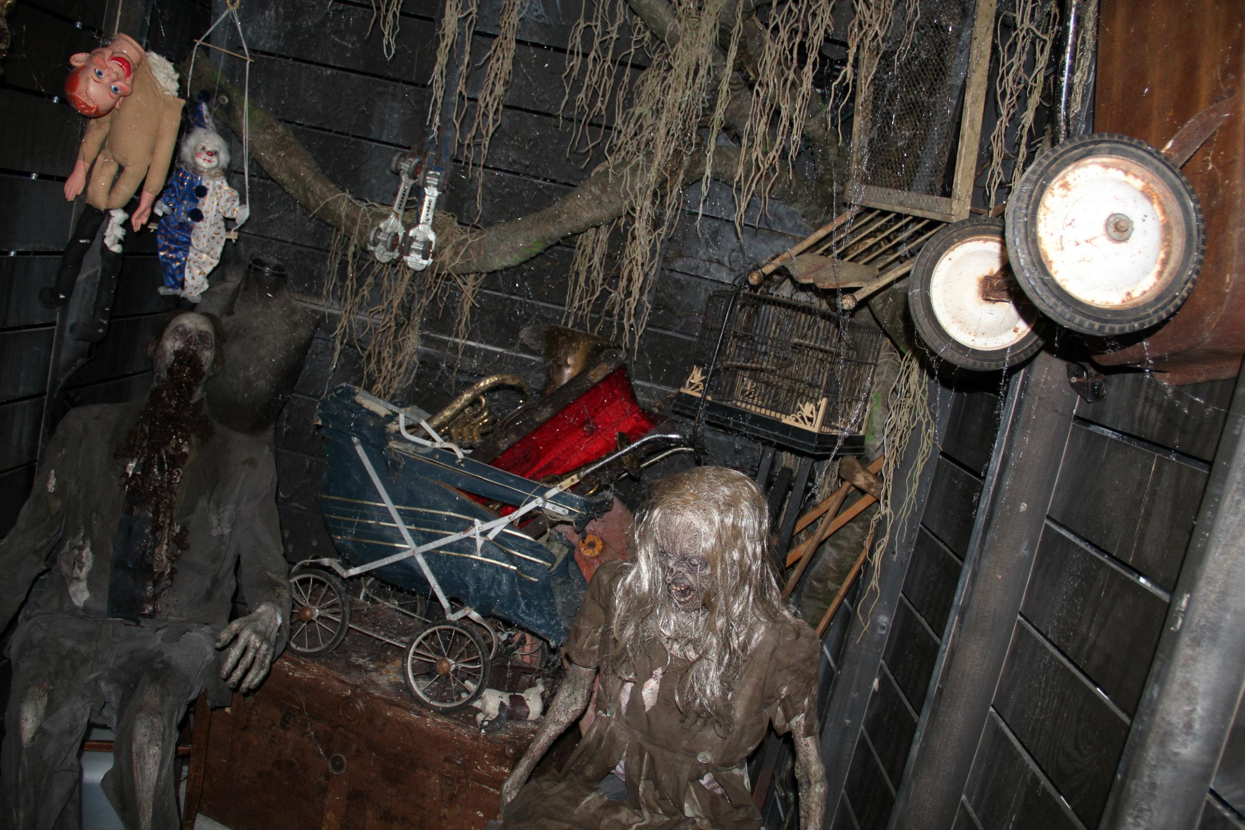thai-hl-attic1.jpg