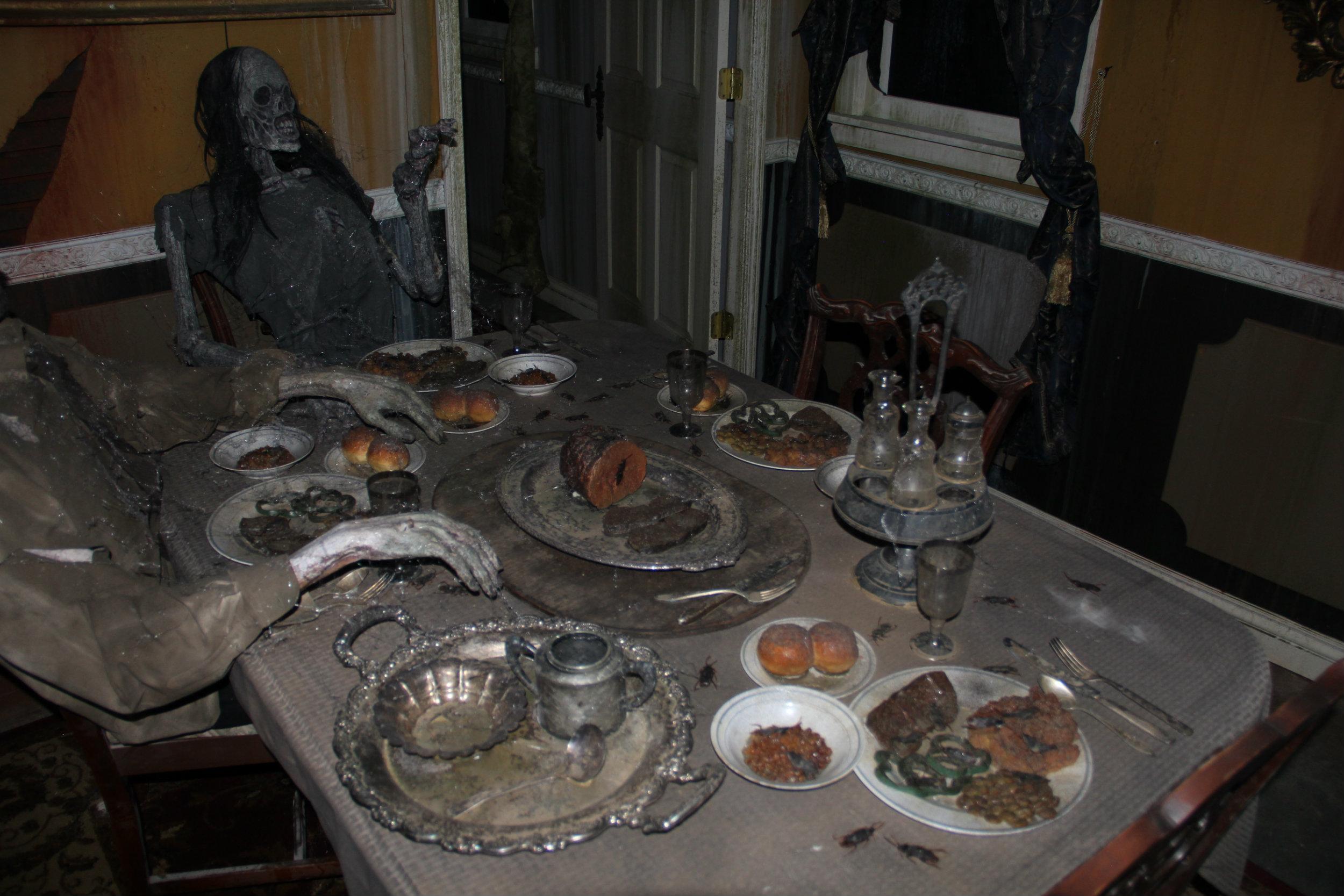 thai-hl-dining1.jpg