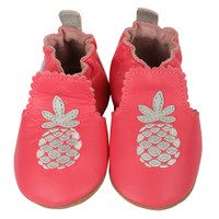 Infant shoes in pink leather with soft soles. Decorated with silver pineapple. Ages 0 - 24 months.