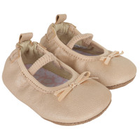 Ballet shoes for baby girls in taupe leather. Ages 0 - 24 months.
