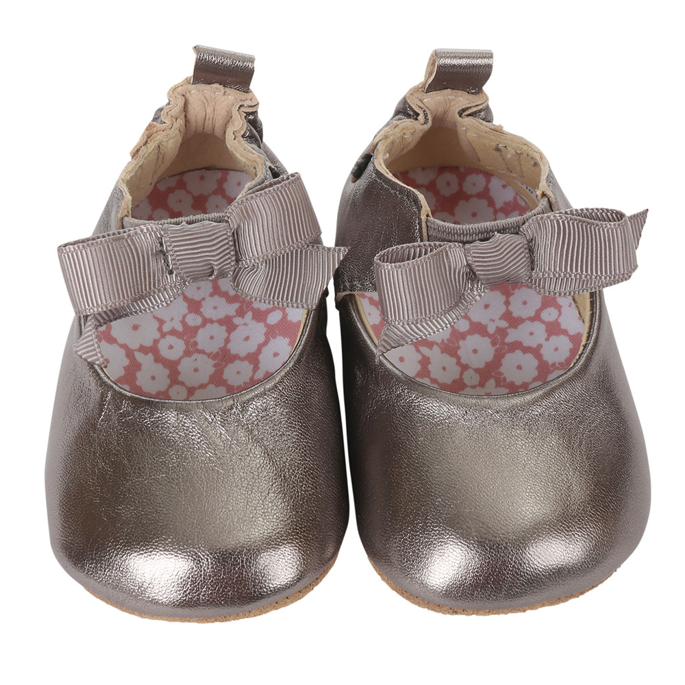 Bronze metallic baby shoes for girls with soft soles.  Ages 0 - 24 months.