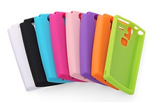 F-04E Silicone Cover + Screen protector set