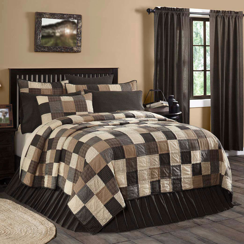 Kettle Grove Queen Quilt By Vhc Brands