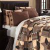 Bingham Star Luxury King Quilt Closeup