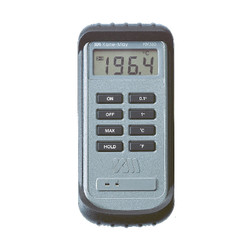Comark KM330 Thermometer for use with Type K Thermocouple Probes