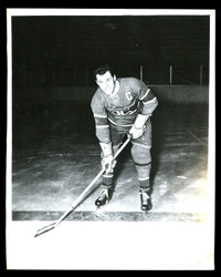 "1949 EMILE JOSEPH ""BUTCH"" BOUCHARD 8X10 MONTREAL CANADIANS WIRE PHOTO"