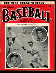 1953 BASEBALL MAGAZINE SPRING PEE WEE REESE W/NY YANKEES 1952 TEAM PHOTO