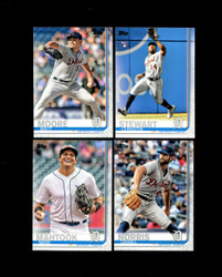 2019 DETROIT TIGERS TOPPS SERIES 2 BASE TEAM SET