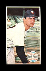 1964 CAMILO PASCUAL TOPPS GIANT #32 TWINS *010