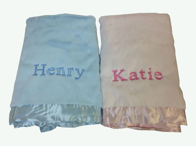 Personalized luxe blankets for twins