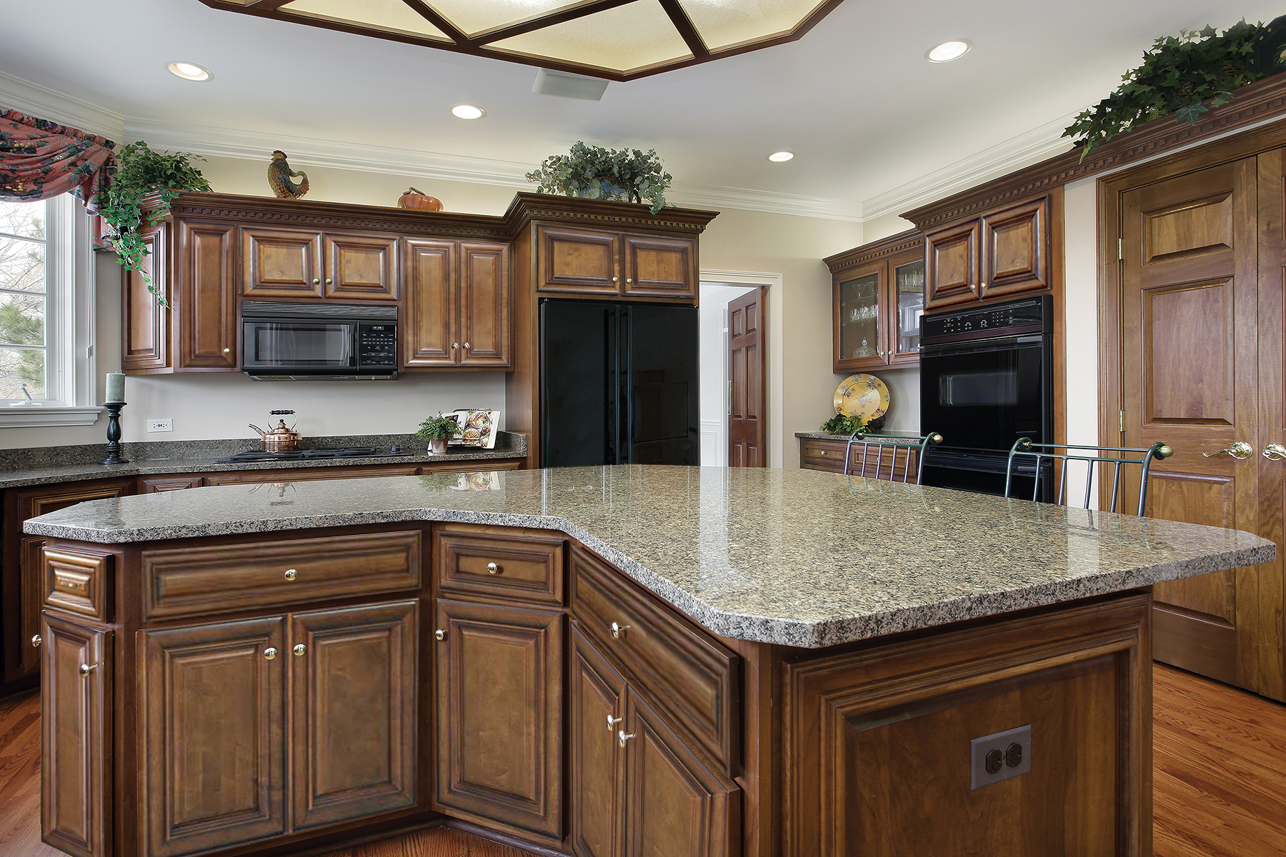 Sedona Chestnut Kitchen Cabinets Guaranteed Lowest Pricing