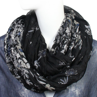 Scarfand/'s Wrinkled Floral Infinity Scarf