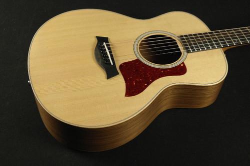 taylor gs mini e walnut acoustic electric guitar with gigbag 751 tundra music inc vintage. Black Bedroom Furniture Sets. Home Design Ideas