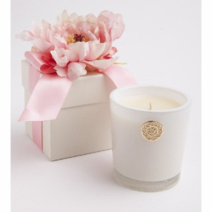 Lover's Lane 14oz Scented Candle Gift Box