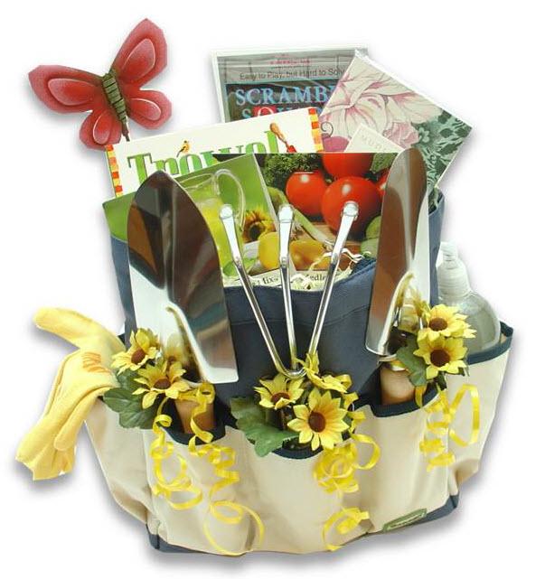 Gardenersu0027 Essentials Gift Basket