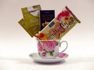 Tea Cup Gift Set with assorted tea and cookies