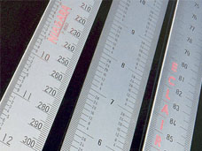 thumb-vertical-rulers-scales.jpg