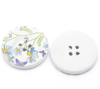 White Wood Painted Button Floral (Design No.8) Four Hole 30mm