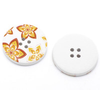 White Wood Painted Button Floral (Design No.14) Four Hole 30mm