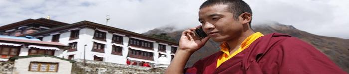 monk-tibetan-calling-phone-service.jpg