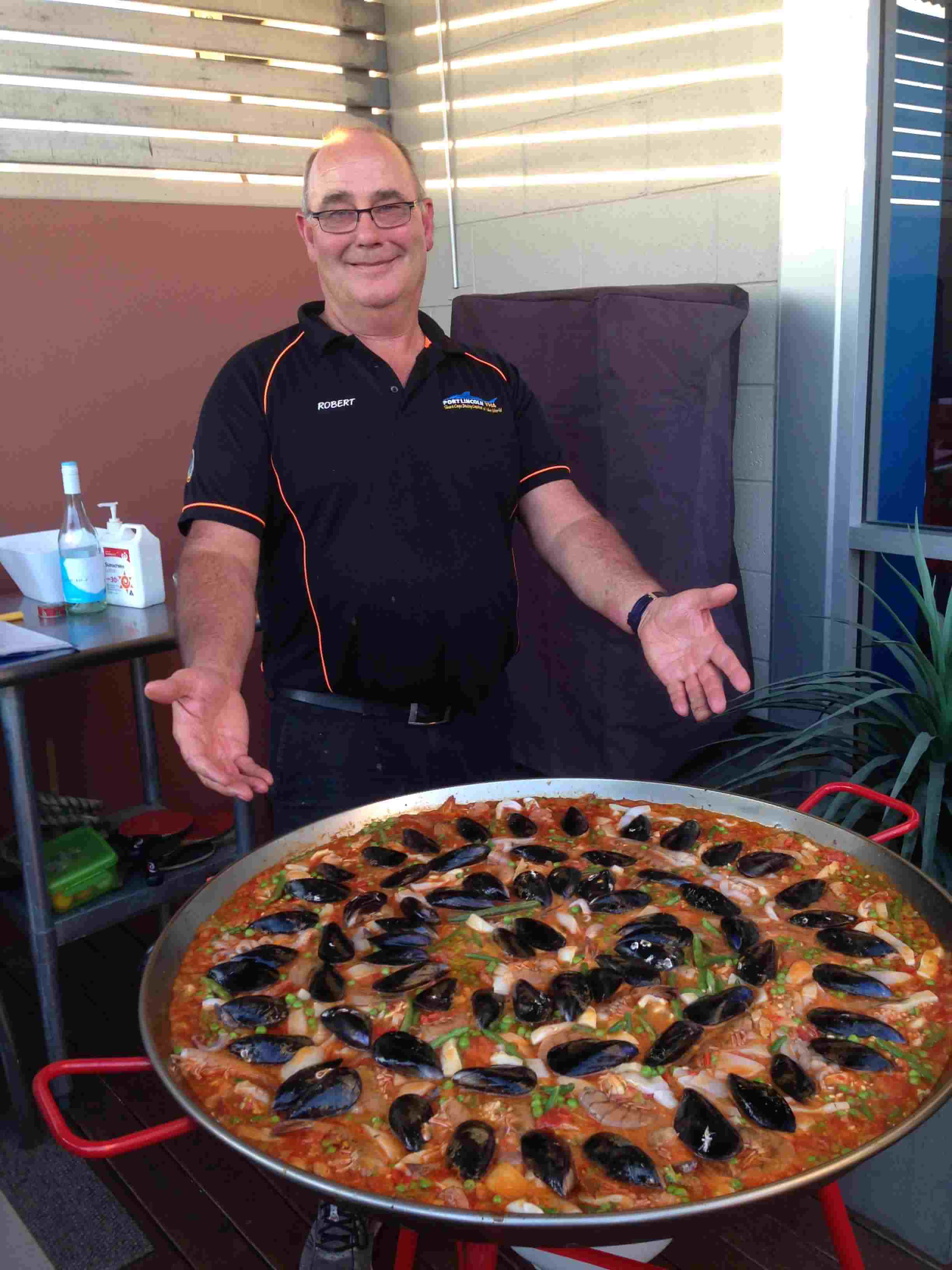Robert Forster and his signature paella !