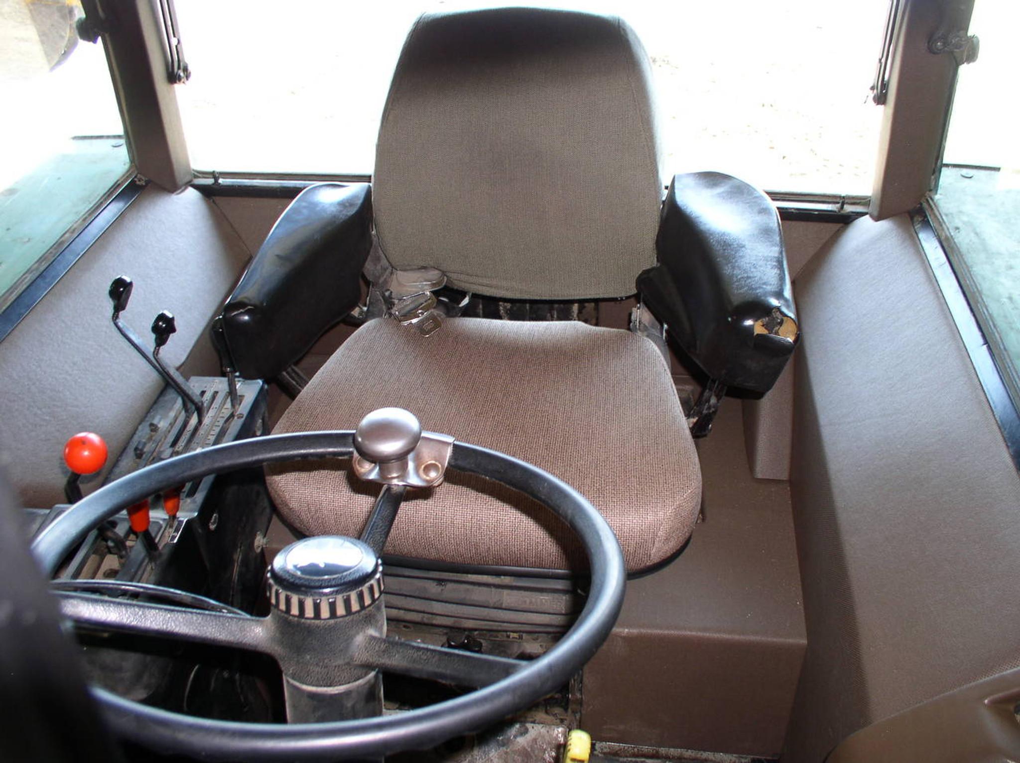 Lower Cab Kit For John Deere 3140 2950 3150 2955 3055 3155
