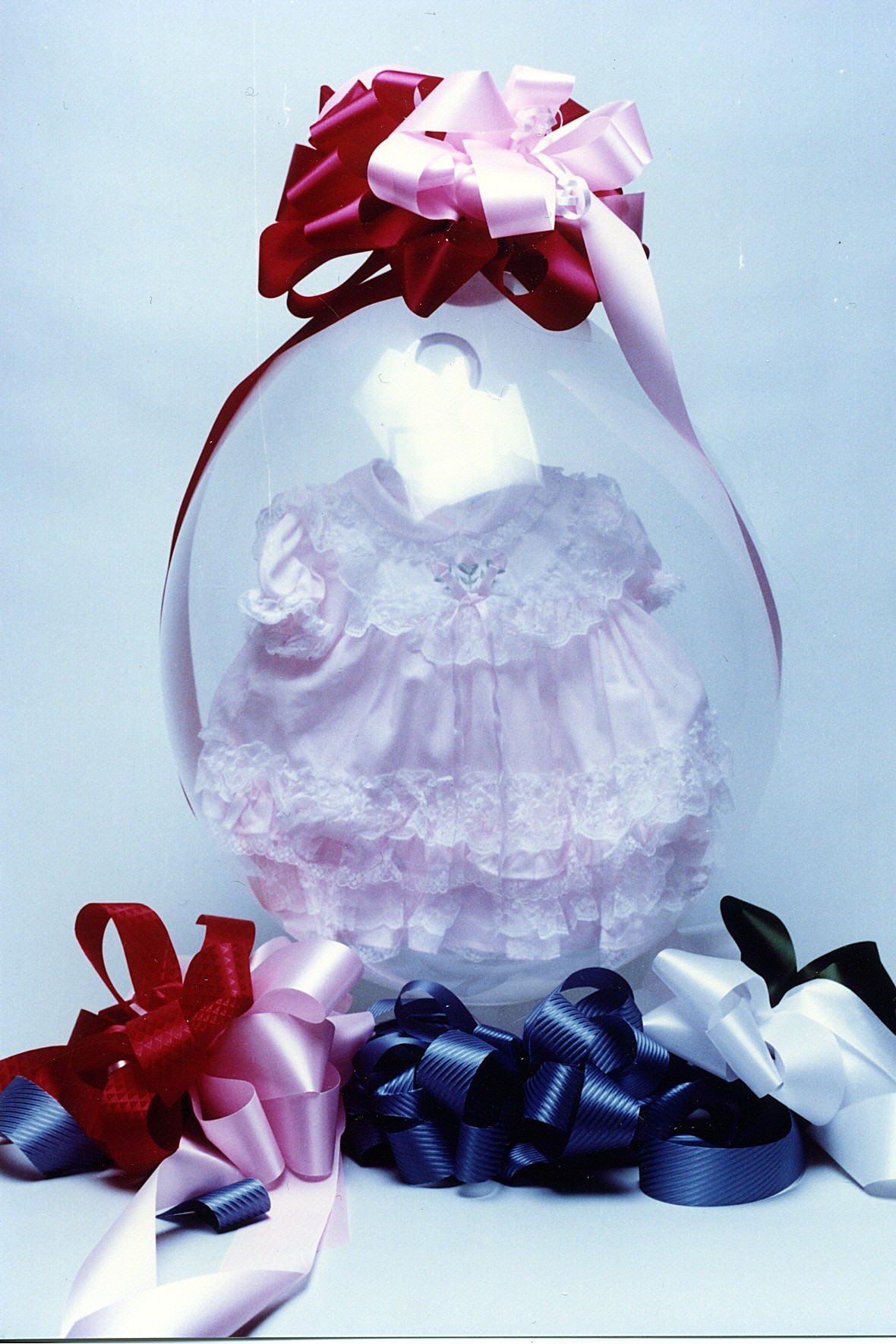 18-inch-qualate-stuffing-balloon-dress.jpg