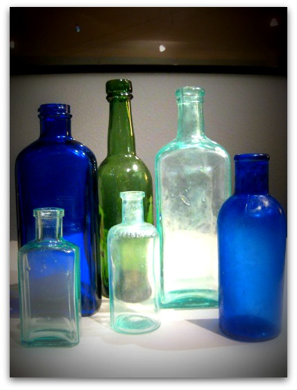 about-sea-glass-sea-glass-bottles.jpg