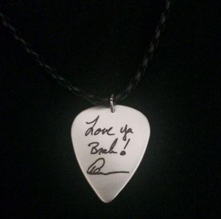 Handwriting guitar pick