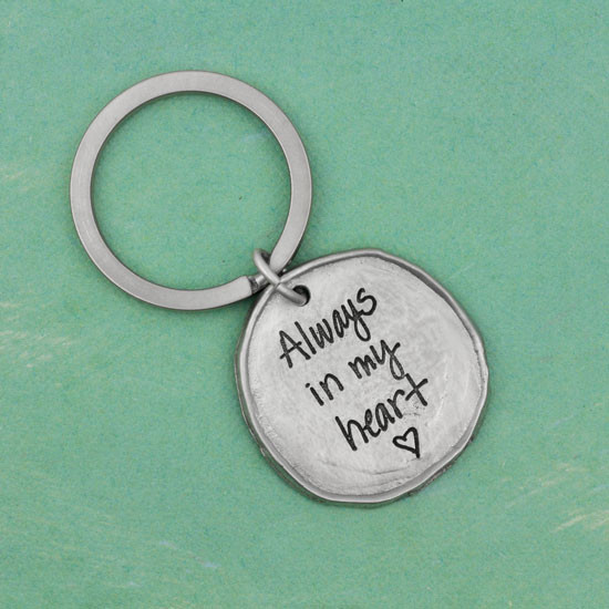 Round key ring with signature