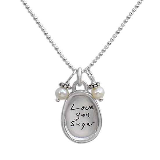 Small oval handwritten necklace