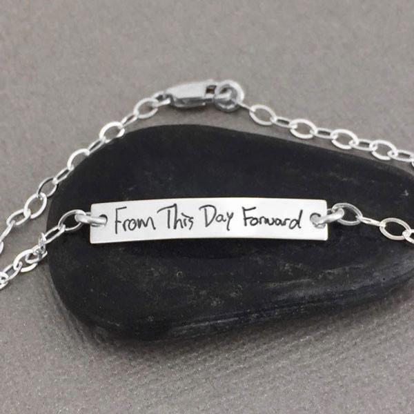 Dainty handwriting bracelet in silver memorial