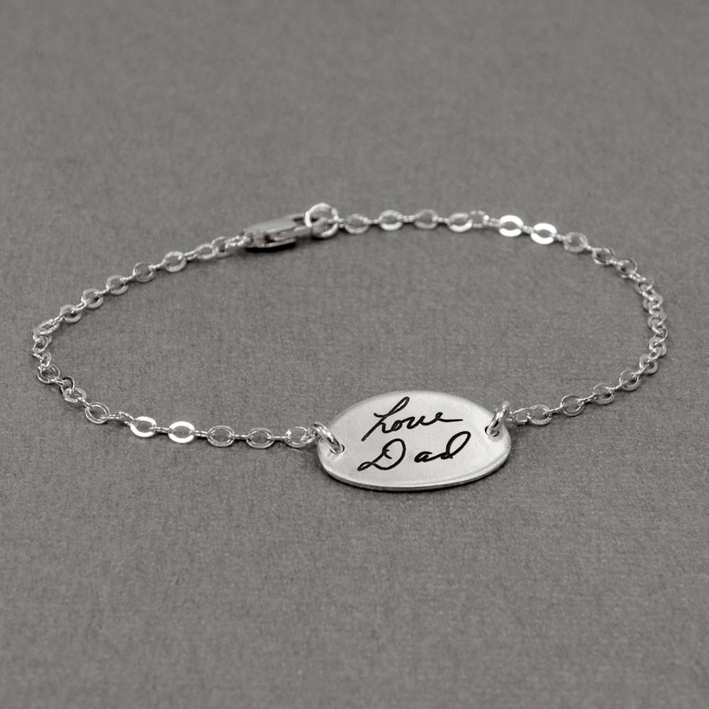 Sweet Oval Handwriting Bracelet in silver side view