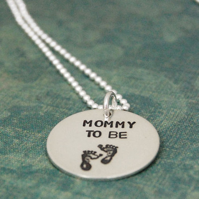 Mommy To Be w/Feet Necklace