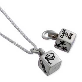 Grad necklace cube