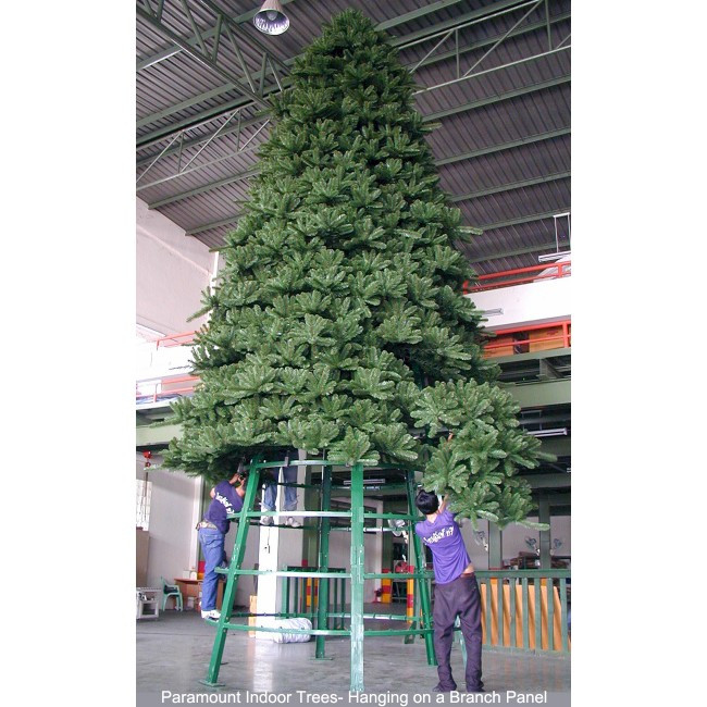 25cm Large Outdoor Commercial Christmas Tree Bauble: Paramount Spruce Christmas Tree 8m Indoor