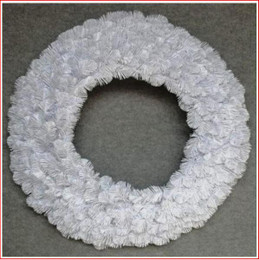 Alberta Spruce Wreath 91cm White