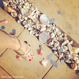 brides-wedding-seashells.jpg