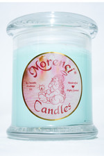 A clean crisp breeze flowing across an ocean shore. A clean Zesty-Irish Spring clean sudsy scent. (Color-Aqua)