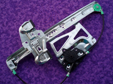 Right (Passenger) Front 2000-20005 Window Regulator