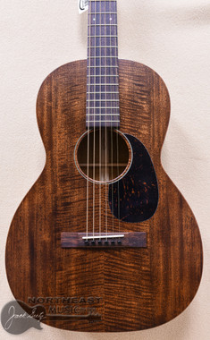 Martin Custom 00-12 Acoustic Guitar With Flamed Mahogany Top, Back, and Sides & East Indian Rosewood Fretboard - SN2199357